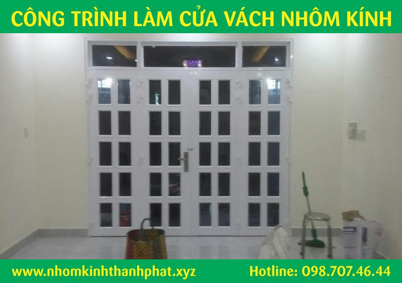 mãu cửa đi nhôm kính 4 cánh đẹp quận Bình Tân